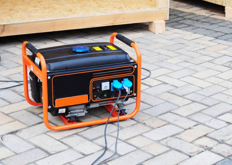 A Useful Guide to Different Types of Generators and Maintenance